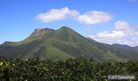 Massif de la Soufrière vu depuis le Piton l'Herminier